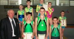 Спортивна акробатика: квітневі досягнення