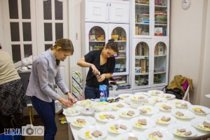 «Великодній сніданок» для самотніх – добра традиція римо-католицької громади Дрогобича